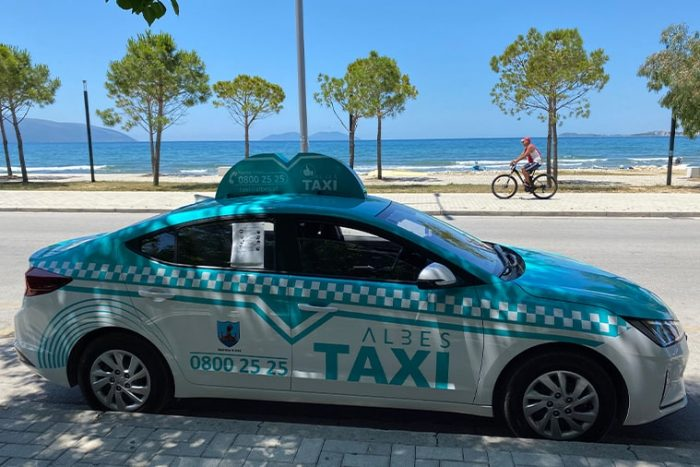 Taxi vlore